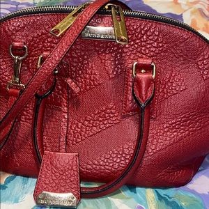 Burberry red orchard bag